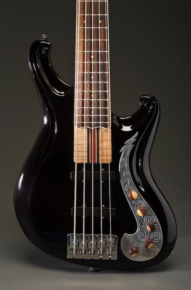 Scott Walker California Bass - body