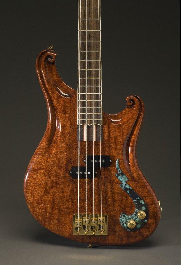 Scott Walker California Bass - P-body carving