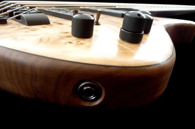 Franz Bassguitars Sirius Bass - Input Jack