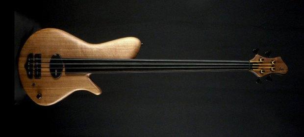 Franz Bassguitars Sirius Bass - 4-string Fretless