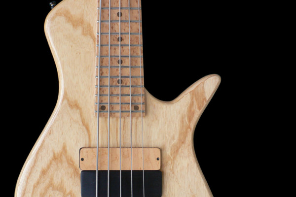 "Carlo Chirio Releases ""Double Thumb Technique For Electric Bass"""