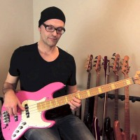 Lesson: Blues Bass Lick Using a Minor Pentatonic