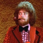"Bass Players You Need To Know: Donald ""Duck"" Dunn"