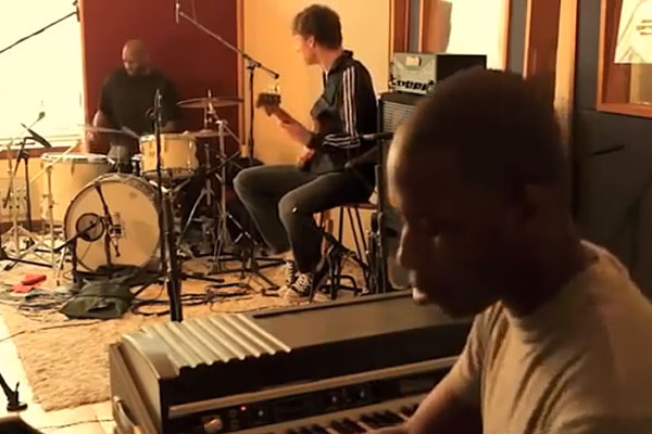 Michael League, Cory Henry, and Nat Townsley: Creepin'