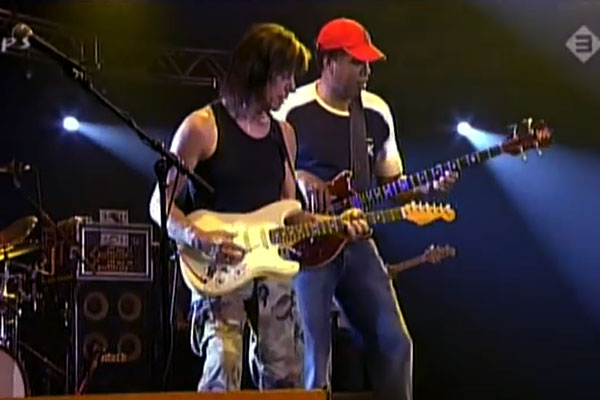 """Jeff Beck Group and Stanley Clarke: """"Lopsy Lu"""" Live"""
