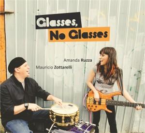 Amanda Ruzza and Mauricio Zottarelli: Glasses, No Glasses