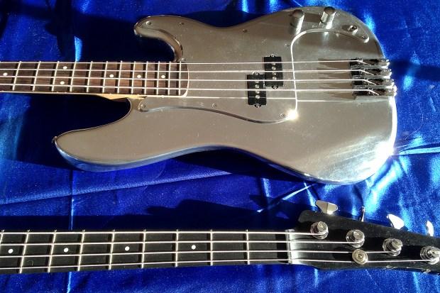 OZZtosh LUMA Aluminum Body Bass - body & neck