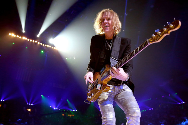 Bass Players To Know: Tom Hamilton