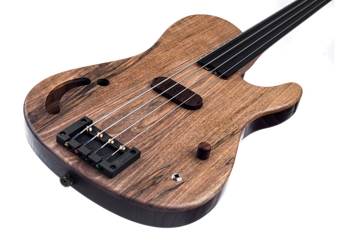 bass of the week tomisic guitars mia fretless bass no treble. Black Bedroom Furniture Sets. Home Design Ideas