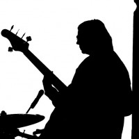 Bass Players: On Staying Motivated and Avoiding Unhealthy Comparisons