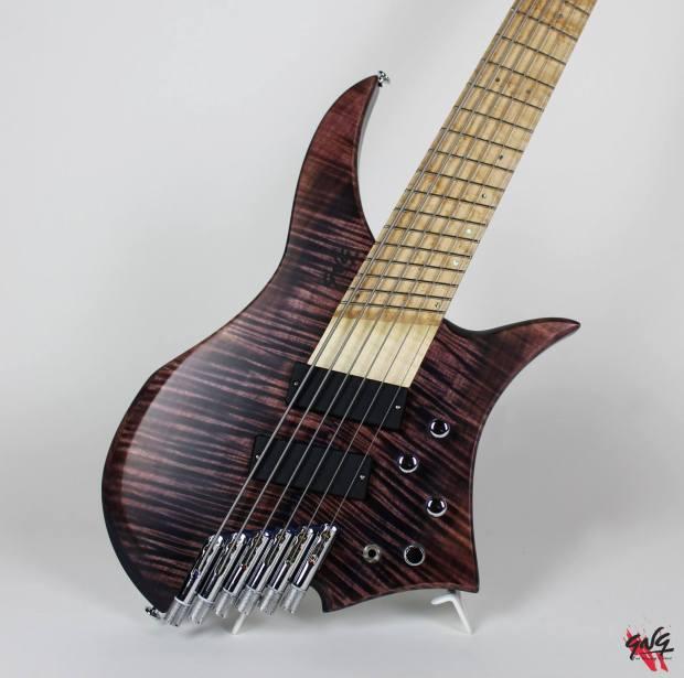 Negrini Guitars Fëanor JMS6 Body upright