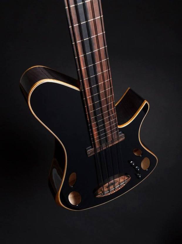 Martin Keith Guitars Elfin Hollowbody Bass Angle
