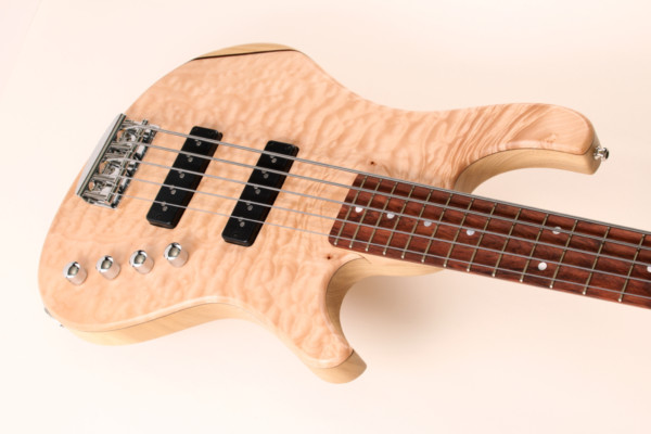 Bass of the Week: Kristall Basses Home