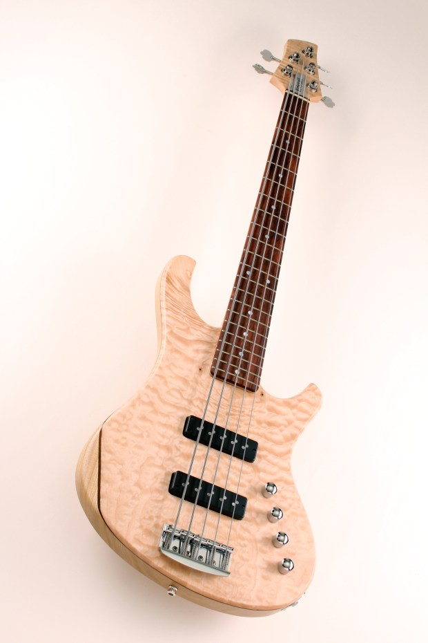 Kristall Home Quilted Maple top full angle