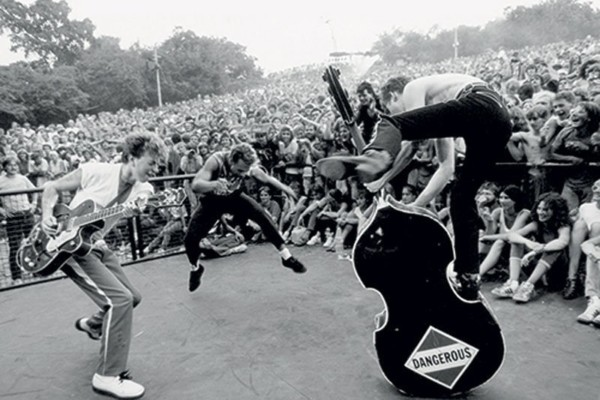 Early 1980s Stray Cats Concerts in Germany Released