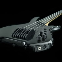Willcox Introduces Saber SL HexFX Edition Basses