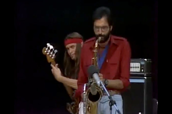 Joni Mitchell with Jaco Pastorius: Free Man in Paris