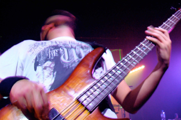Shaping A Jam Session From The Bass