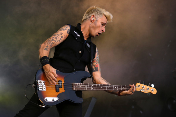 Bass Players To Know: Mike Dirnt