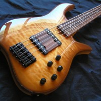 Bass of the Week: Wreck Guitars W Minor 5