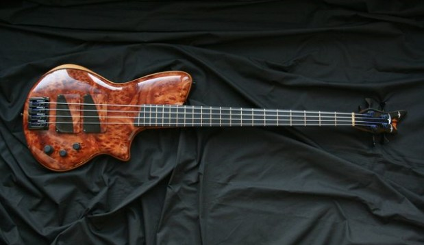AJR Guitars Singlecut Bass