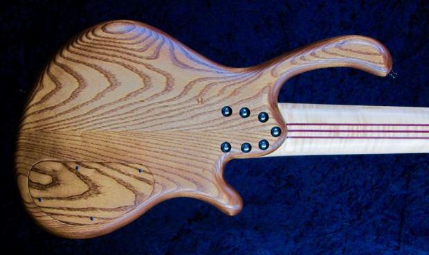 LedBelli Basses Noah 6-string Bass Body Back