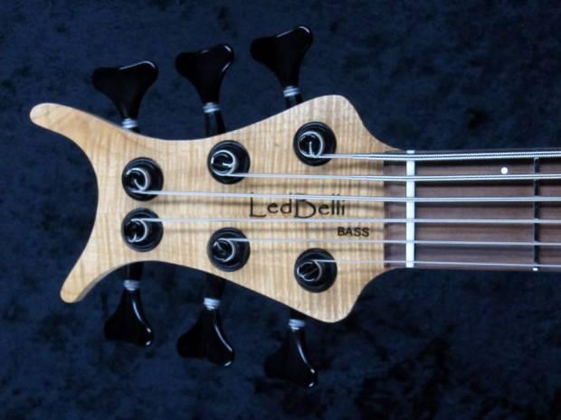 LedBelli Basses Noah 6-string Bass Headstock