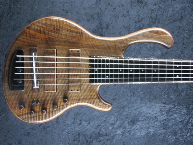 LedBelli Bass Guitars Majestic Bass Body