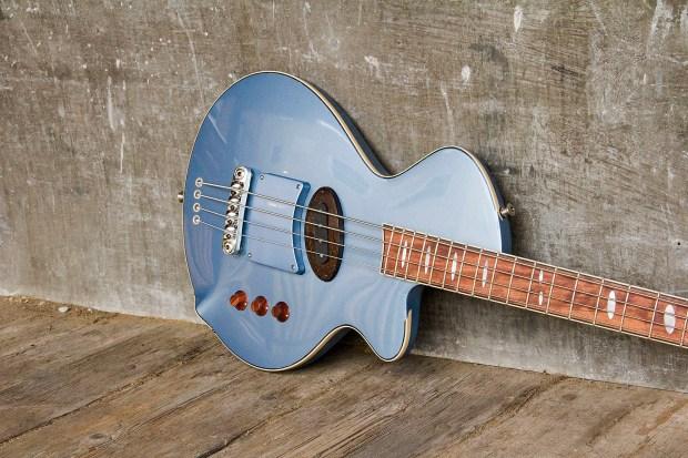R. Hyde Guitars Long Scale Nuvo Bass Body Angle