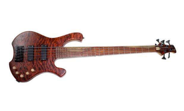 39 Custom Guitars CK Canorous Bass