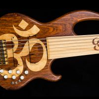 Bass of the Week: Conklin Guitars OM