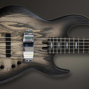 Bass of the Week: Meridian Guitars Jazz Evolution Carbon