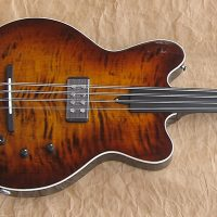 Bass of the Week: Versoul Swan 8