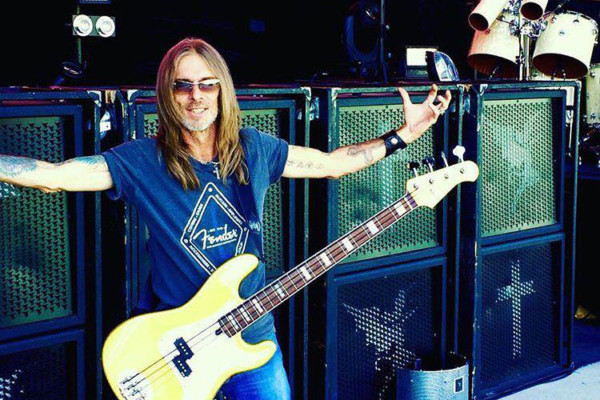 Rex Brown Solo Debut Expected in May