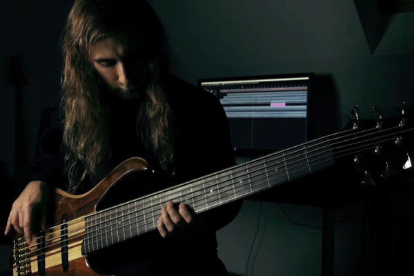 """Linus Klausenitzer: Obscura's """"Akroasis"""" Bass Playthrough"""