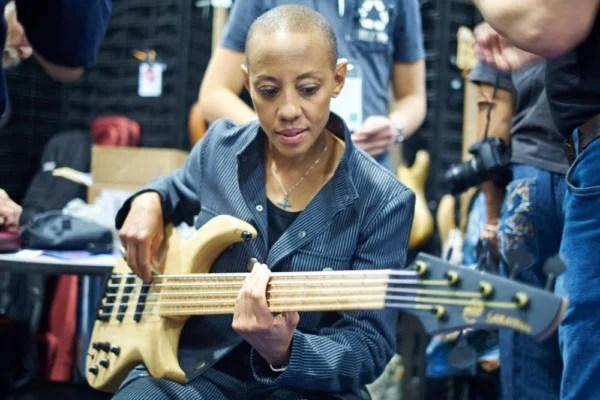 Gail Ann Dorsey Joins Celebrating David Bowie Tour