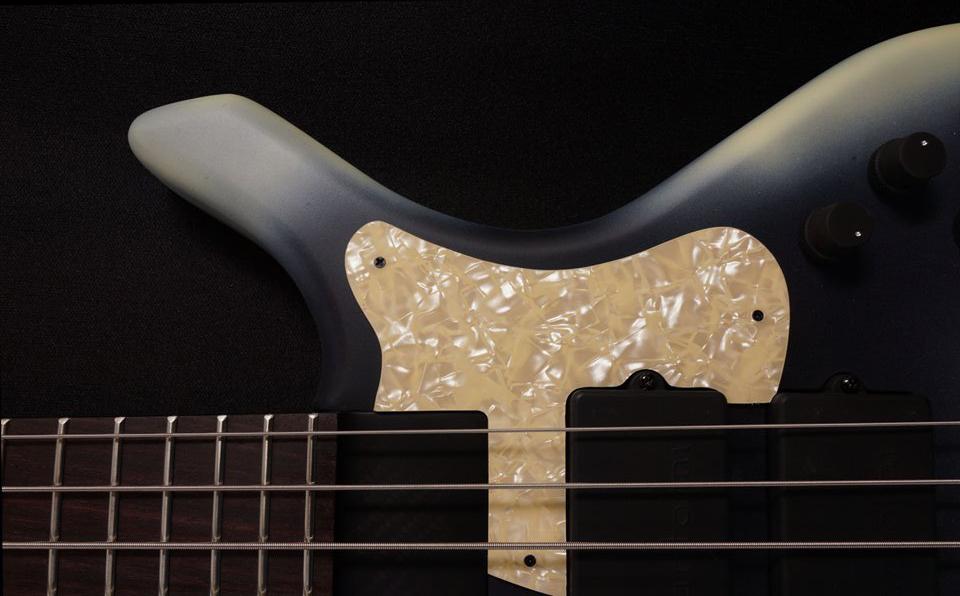 Bogart Bass Sport V Headless Bass Lower Bout