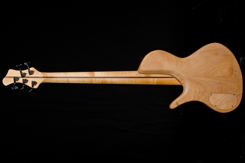 Hernan Gordon Astor Bass Back