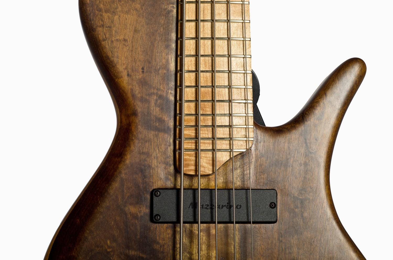 Hernan Gordon Astor Bass Front Closeup