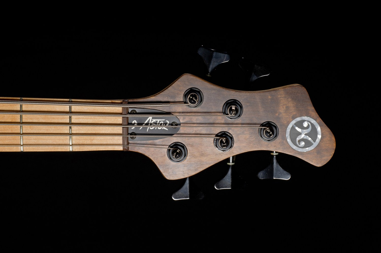 Hernan Gordon Astor Bass Headstock
