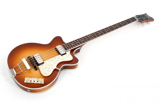 Hofner Club Bass 500/2 Double Cut Angle