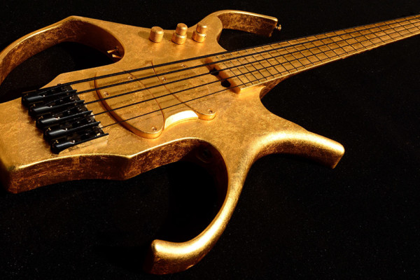 Bass of the Week: Lairat Basses Stega Gold