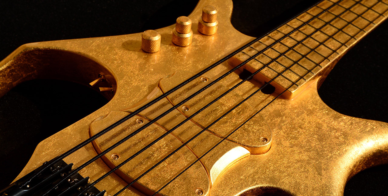 Paul Lairat Stega Gold Bass Closeup
