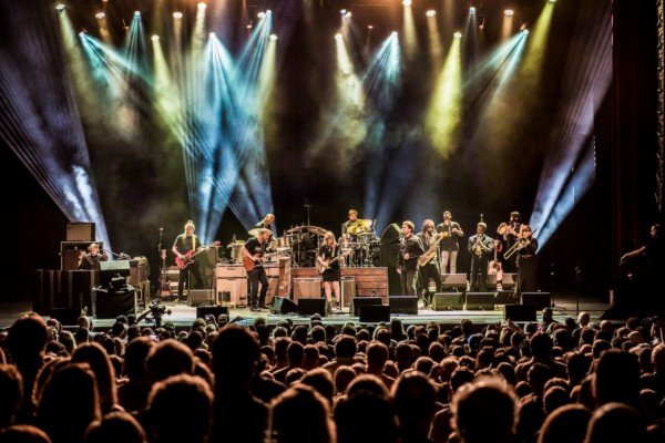 Tedeschi Trucks Band Announces Wheels of Soul Tour 2018