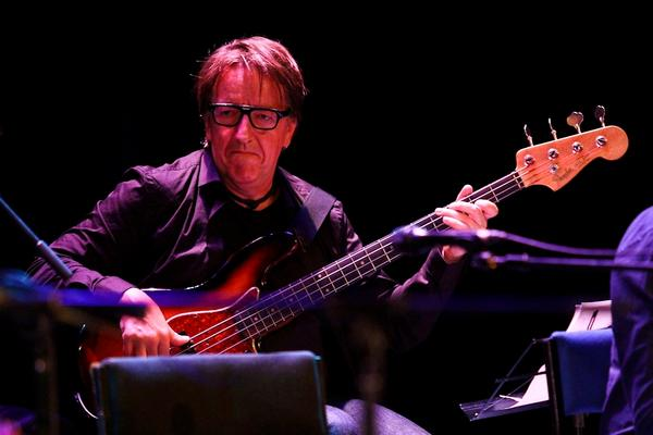 """Bass Transcription: Doug Haywood's Bass Line on """"Late for the Sky"""" by Jackson Browne"""