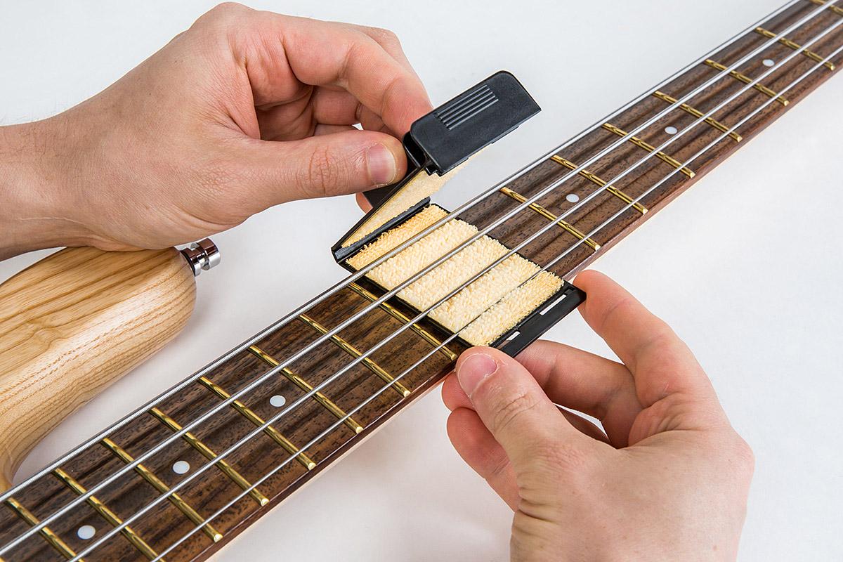 RockCare StringJet 64 In Use - Under Strings