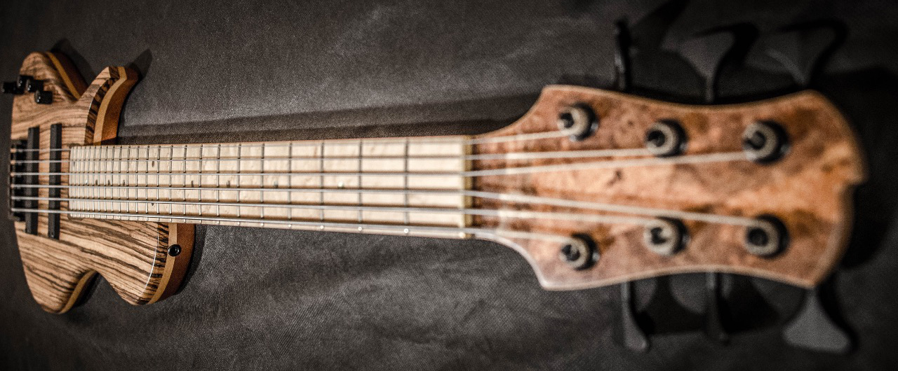 Emiliano Bernal Burzaco Series BS0001 Bass Headstock View