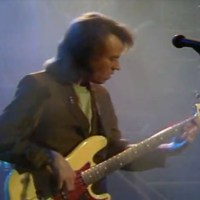 Robben Ford & The Blue Line: You Cut Me to the Bone