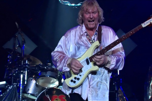 Yes: The Fish (Live at Montreux 2003)