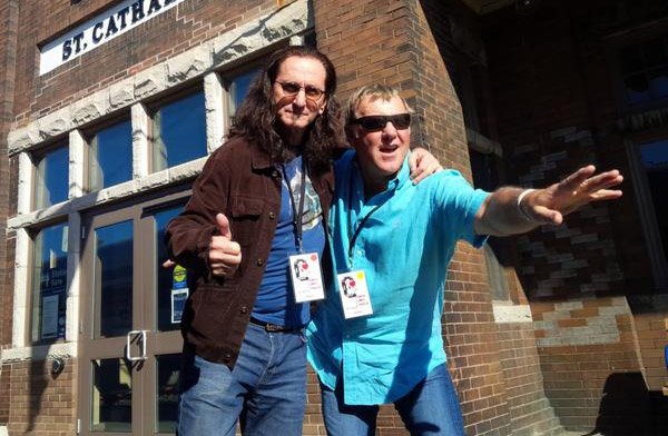 Geddy Lee Teams with Alex Lifeson for Fundraising Wine Tour